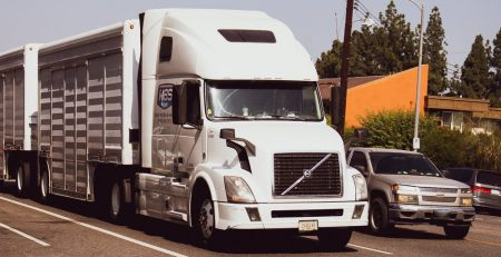7.29 Knowing These Four Blind Spots Can Help Prevent a Florida Tractor-Trailer Accident